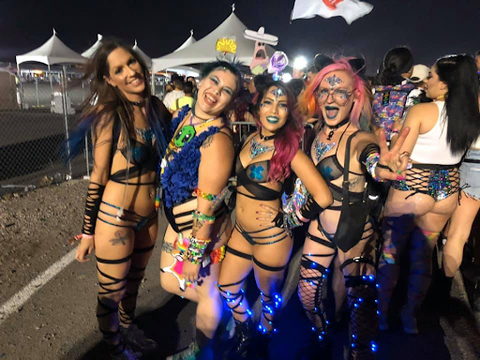 @sassmasterog at edc with iheartraves unicorns