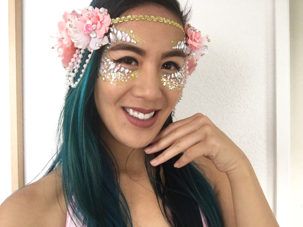 Festival Makeup Glitter Tutorial - completed look