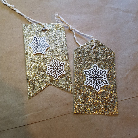 Christmas gift tags (set of 7) - gold snowflakes