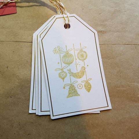 Christmas gift tag - gold ornaments