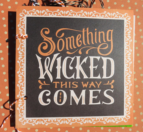 Halloween mini album - Something Wicked