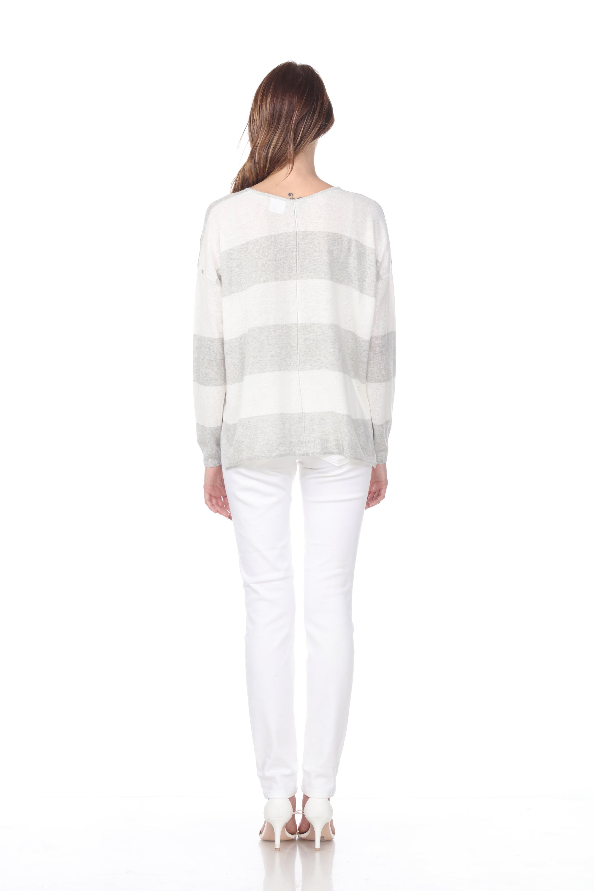 Linen blend v-neck striped sweater w pocket detail