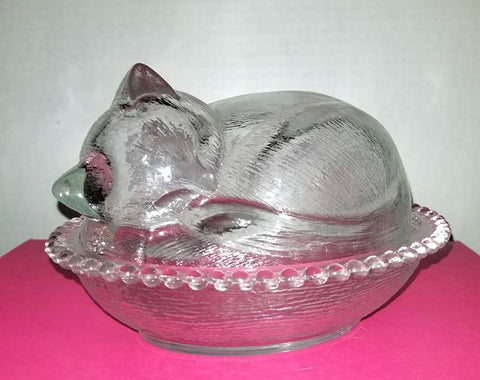 Vintage Indiana Glass Cat On a Basket,1960s
