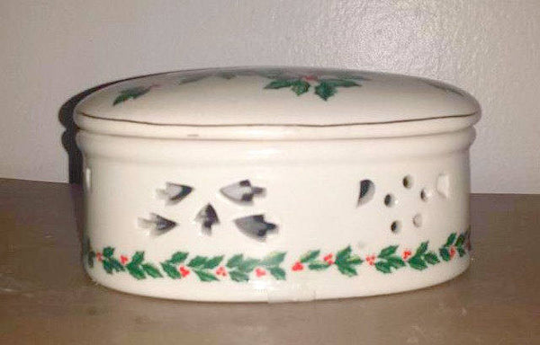 Porcelain Christmas Trinket Box,Holly Berry