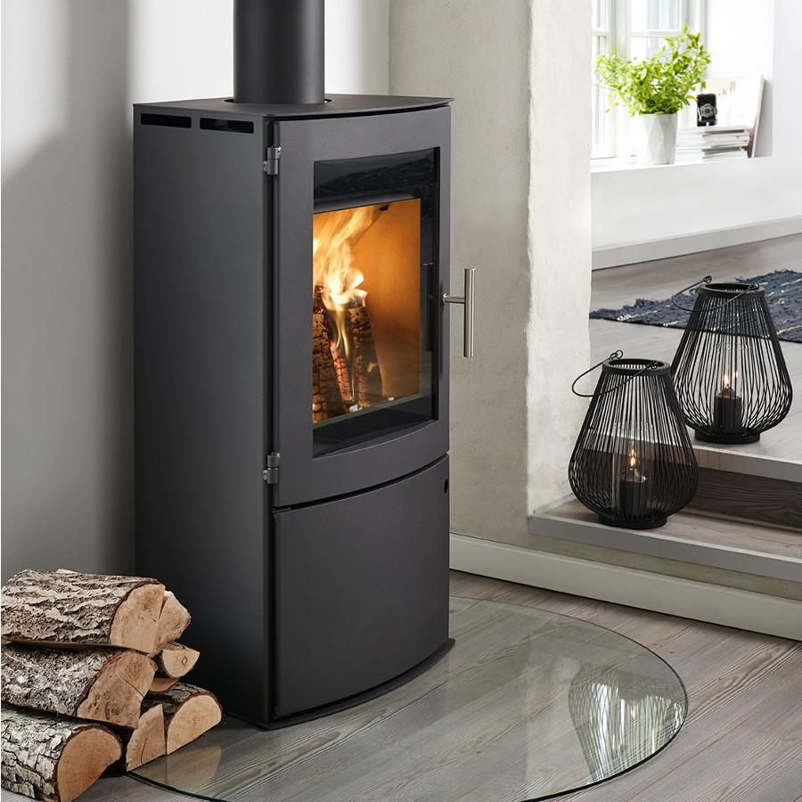 Westfire Uniq 18 with Log Door Woodburning Stove - RRP £1349 Now £1039.99 - Stoves World Ltd
