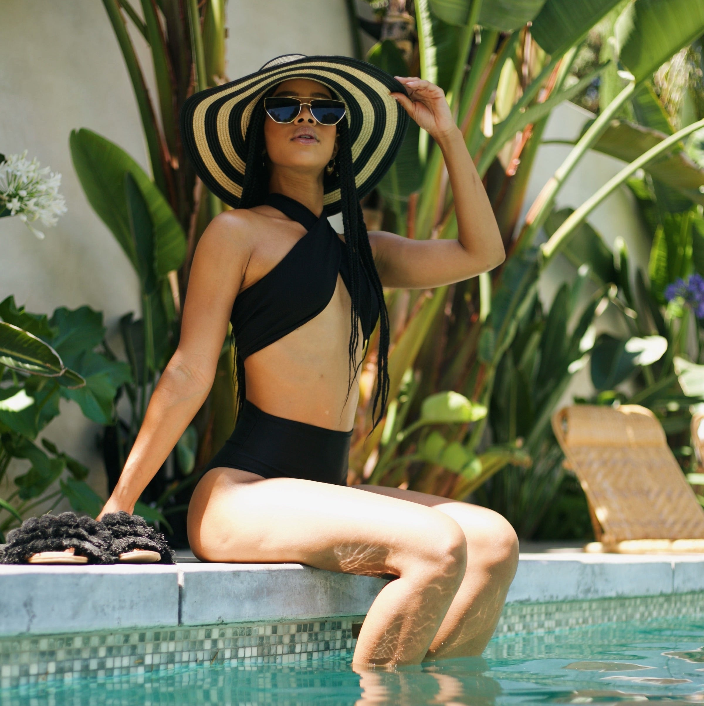 Black Multi-way