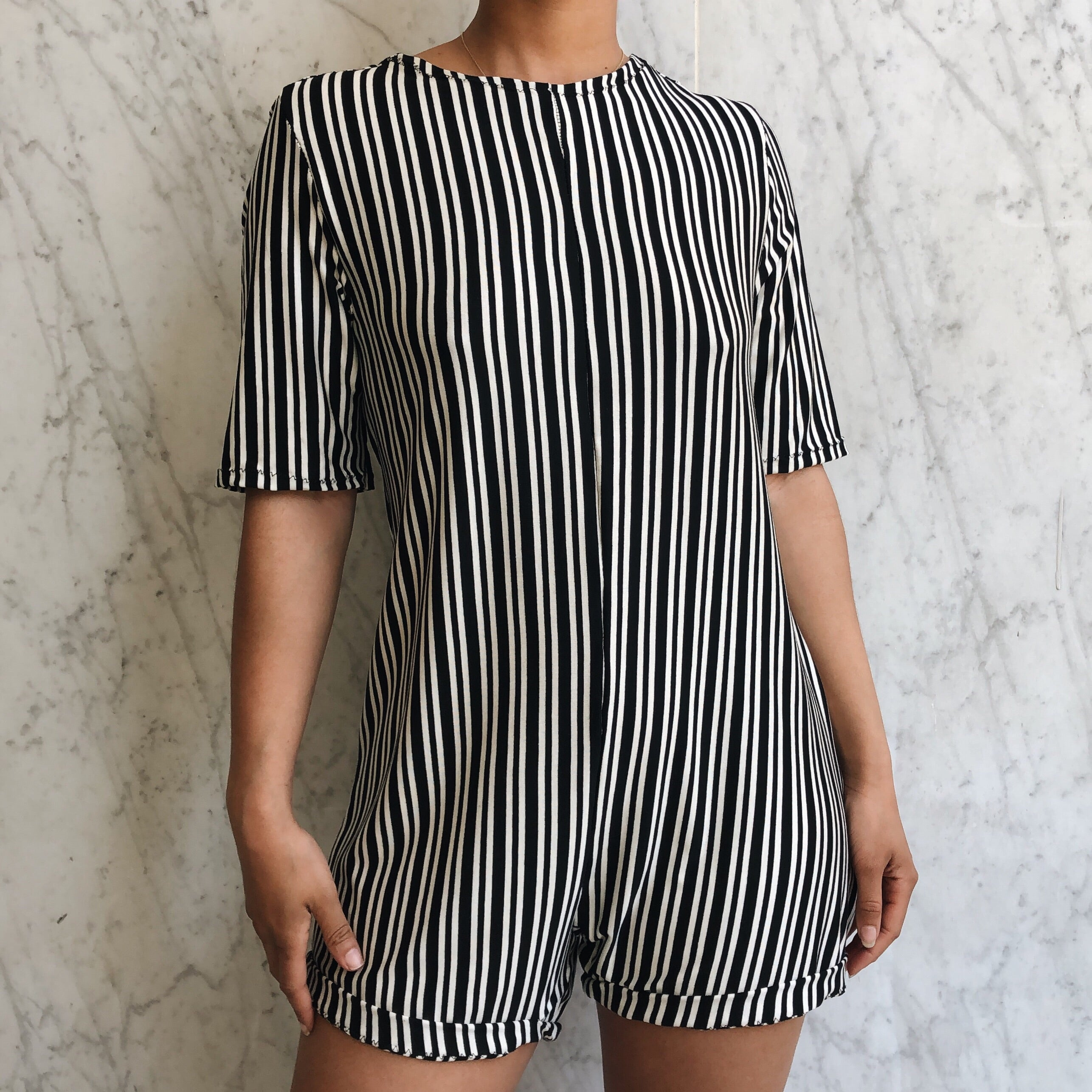 LEO ROMPER BLACK STRIPE
