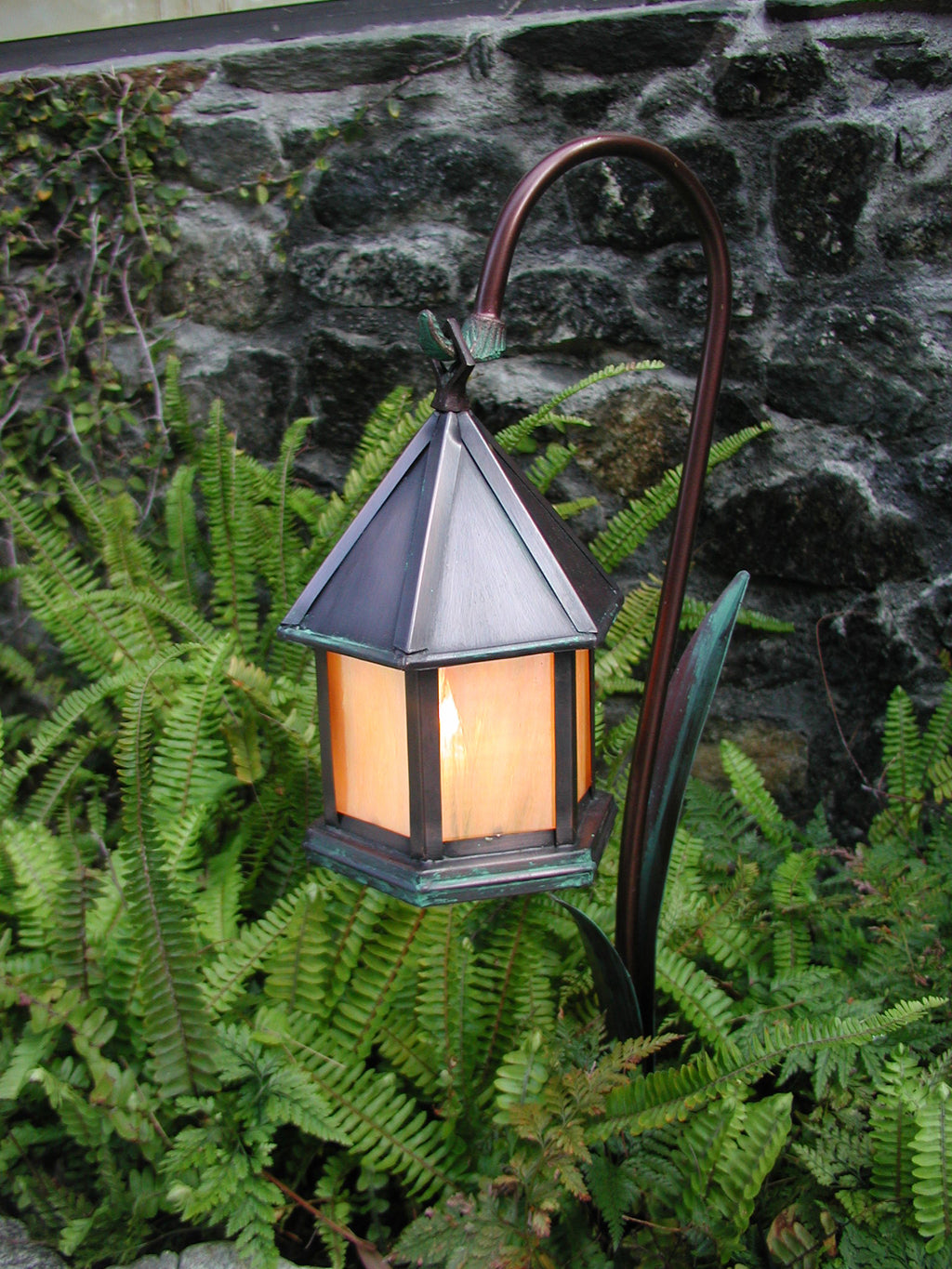Canterbury Lantern Pathlight