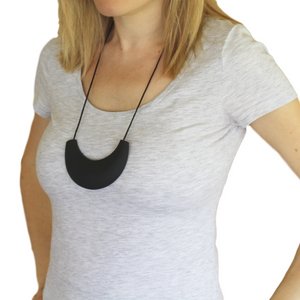 Cleopatra Silicone Teething Necklace Black