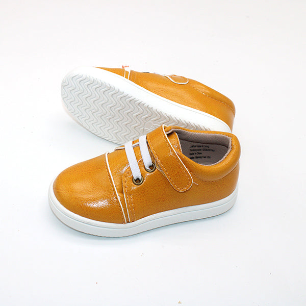 Red Bottom T-Straps - Nude Patent Leather