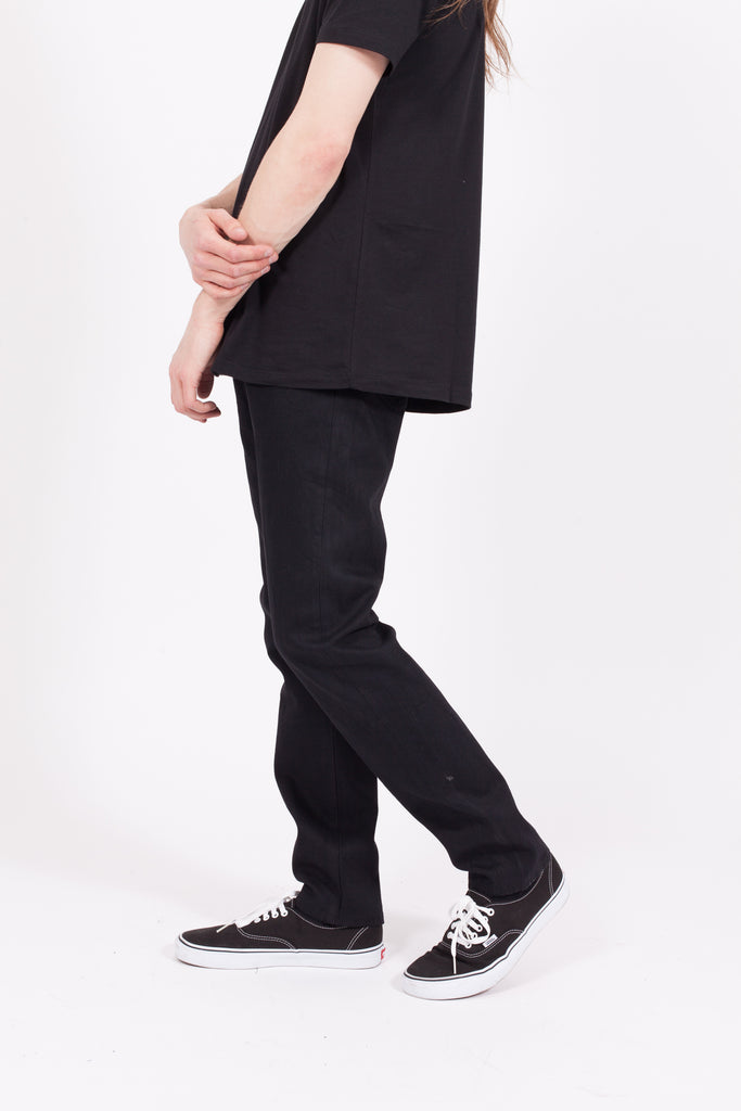 Tapered Jeans - Raw Black
