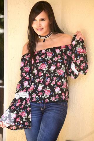 BLACK PINK FLOWER TOP