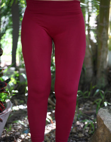 RED LEGGINS