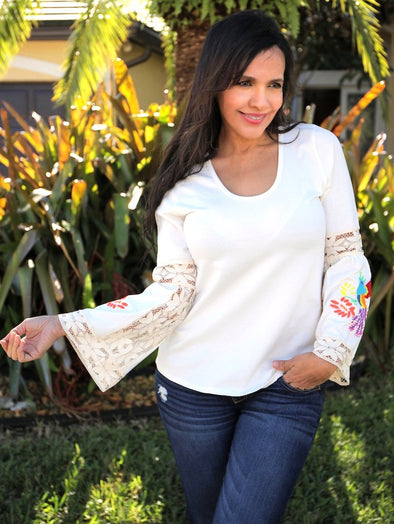 WHITE LACE FLOWER TOP