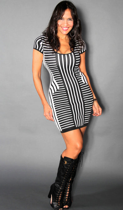BLACK WHITE SANDY DRESS