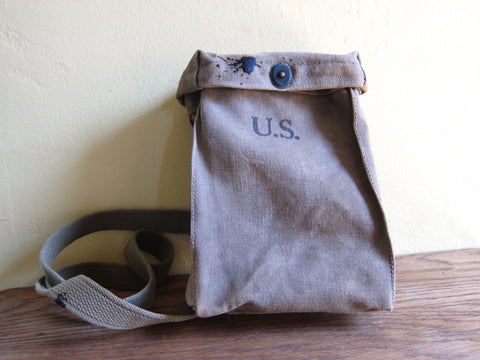 WW2 Canvas Magazine Shoulder Bag by G B Mfg Co, 1942 - Yesteryear Essentials  - 1