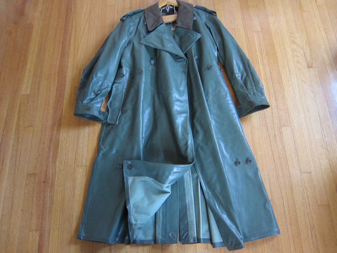 WW2 German Motorcycle Military Coat - Joue Les Tours - Yesteryear Essentials  - 1