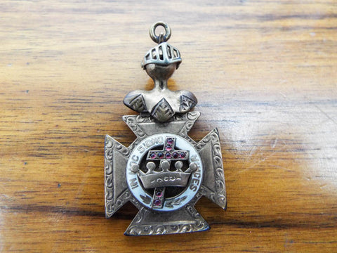 Masonic religious in hoc signo vinces knights templar yesteryear antique in hoc signo vinces knights templar pendant mozeypictures Image collections