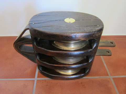 WW2 Memorabilia Triple Block Ships Pulley - Yesteryear Essentials  - 1