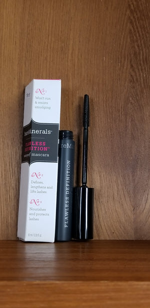Flawless Definition Waterproof Mascara BLACK