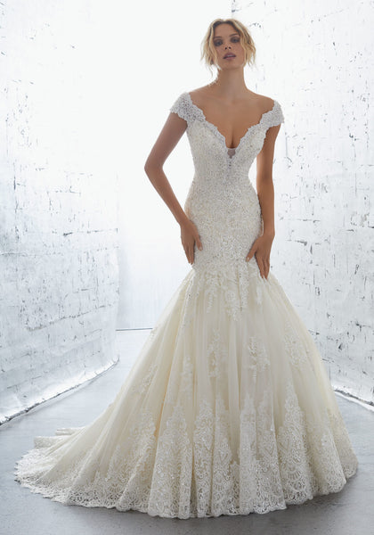 #C1736 - Concepcion Bridal & Quinceañera Boutique