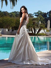 Kathy Ireland Wedding Gown - Concepcion Bridal & Quinceañera Boutique