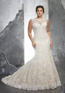 #3233 - Concepcion Bridal & Quinceañera Boutique