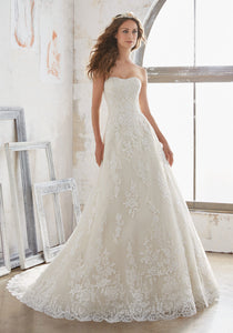 #C5020 - Concepcion Bridal & Quinceañera Boutique