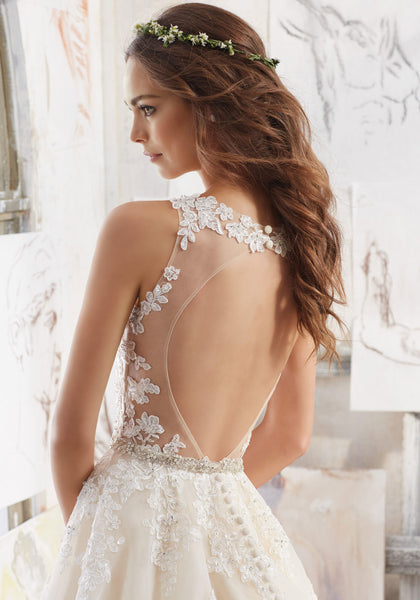 #C5025 - Concepcion Bridal & Quinceañera Boutique