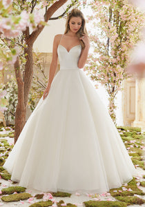#C6001 - Concepcion Bridal & Quinceañera Boutique