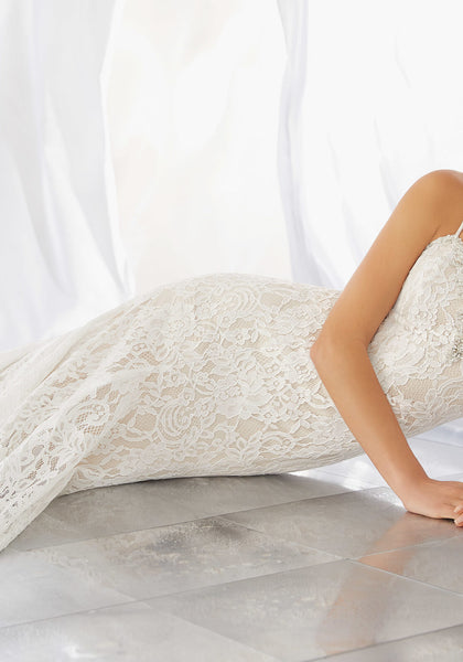 #C6008 - Concepcion Bridal & Quinceañera Boutique