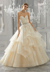 #C8147 - Concepcion Bridal & Quinceañera Boutique