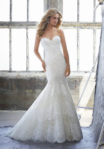 #C8230 - Concepcion Bridal & Quinceañera Boutique