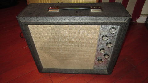 1964 Silvertone Model 1482 Combo Amplifier Grey