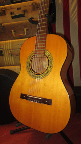 1965 Gibson C-1 Classical Nylon String Natural w/ Nice Hard Case