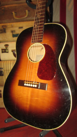 Circa 1966 Goya N-22 Small-Bodied Acoustic Guitar Sunburst Finish