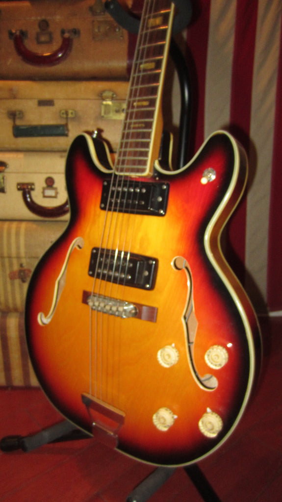 Vintage Original Circa 1971 Univox Aria Hollowbody Electric