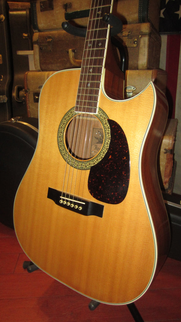 Vintage 1976 Alvarez Model 5064 Acoustic  Guitar w/ Cutaway Made in Japan w/ Hard Case
