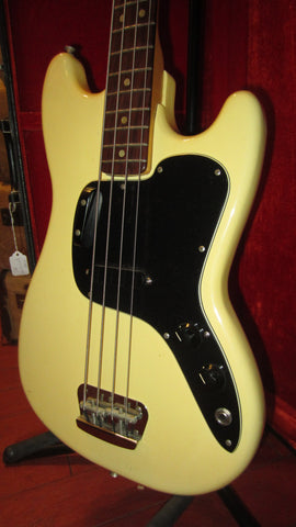 1976 Fender Musicmaster Bass White Clean & All Original with Original Case SUPREME EXAMPLE