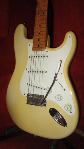 Vintage 1986 Fender '57 Re-Issue Stratocaster White Finish w/ Original Hardshell Case