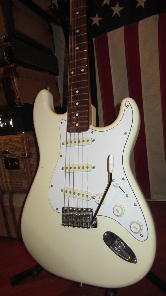 1986 Fender Squier Stratocaster Made in Japan Olympic White