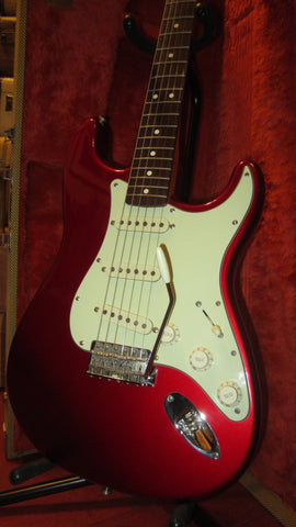 Pre-Owned 1994 Fender '62 Re-Issue Stratocaster Candy Apple Red w/ Original Hardshell Case