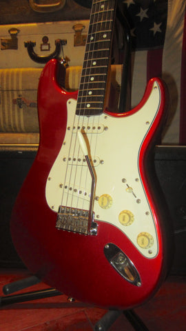 Pre- Owned 1993 Fender Stratocaster '62 Reissue Candy Apple Red w/ Original Case