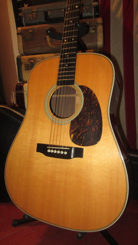 Pre-Owned 2006 Martin HD-28 Acoustic Natural Finish w/ Original Hardshell Case, Paperwork, & Hang Tags