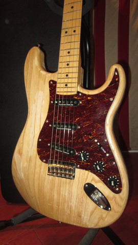 Pre-Owned 2011 Fender Stratocaster Natural