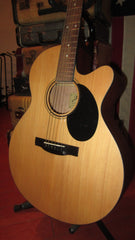 Jasmine J-34 C Auditorium Sized Acoustic with Solid Top