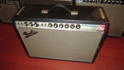 Vintage 1968 Fender Deluxe Reverb sounds amazing