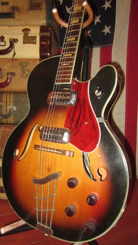 Circa 1963 Harmony Airline H70 Meteor Hollowbody Electric Guitar