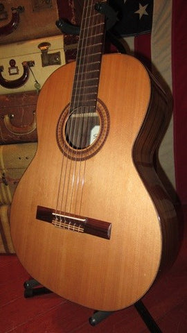 Near Mint 2013 Kremona Fiesta FC Classical Nylon String Guitar