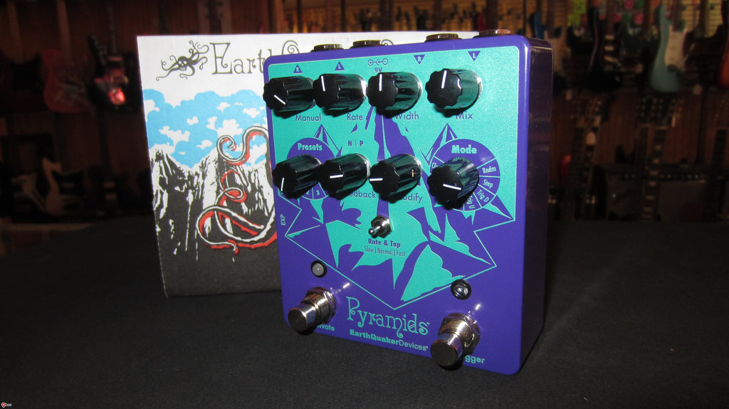 NEW EarthQuaker Devices Pyramids Stereo Flanger